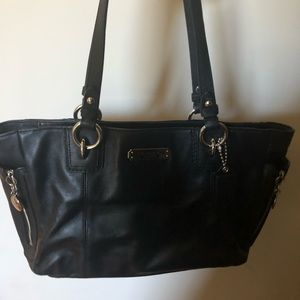 Black COACH black  leather purse EXC Condition